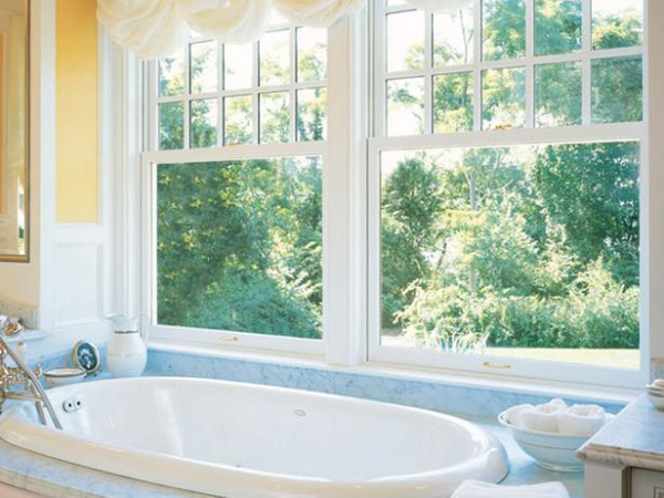 A tub with a Cape Cod view...