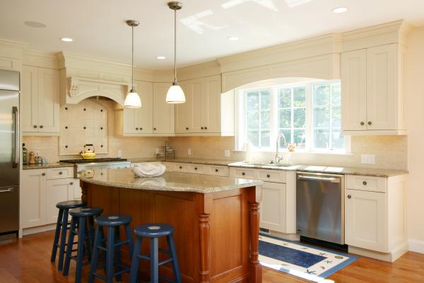 Cape Cod Kitchen By REEF. Custom Kitchen By REEF ...