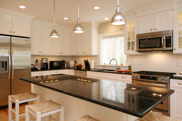 Cape Cod Kitchen by REEF