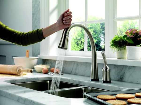 Delta Touch Activated Faucet resized 600