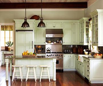 Beau Cape Cod Cottage Kitchen