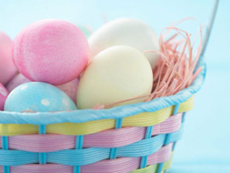 Easter Eggs dyeing resized 600