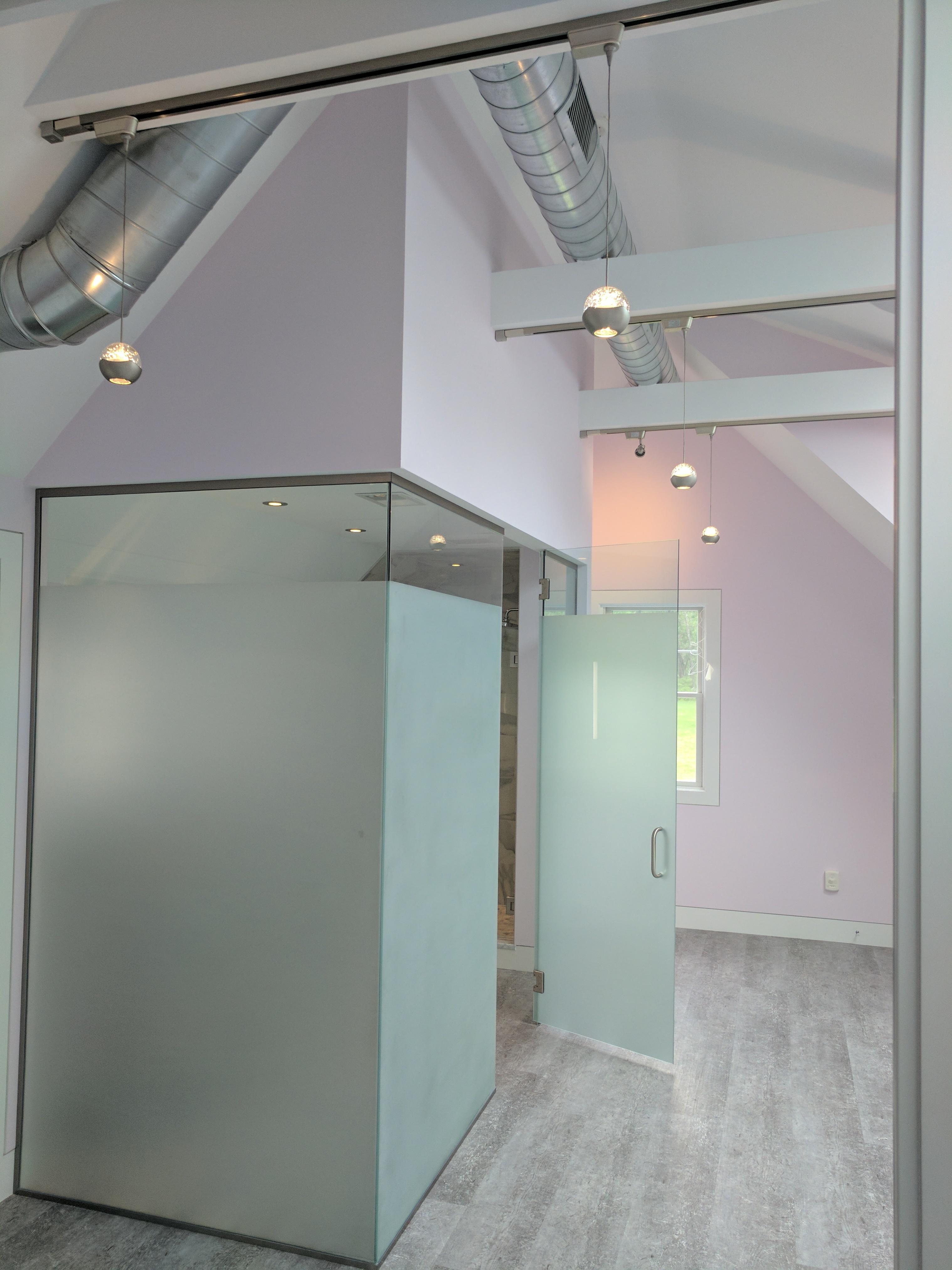 REEF Custom Builders, Contemporary Design, Renovation, Remodeling, Glass Walls