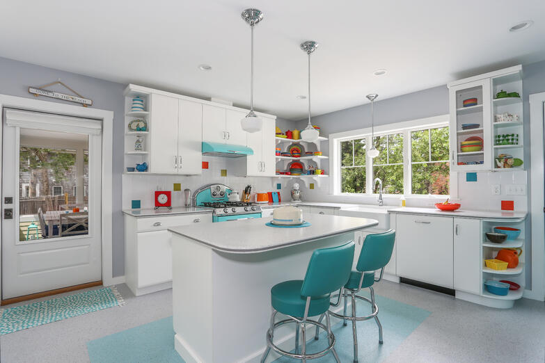 Retro Kitchen, cape cod cottage, cottage, cape cod builder, REEF