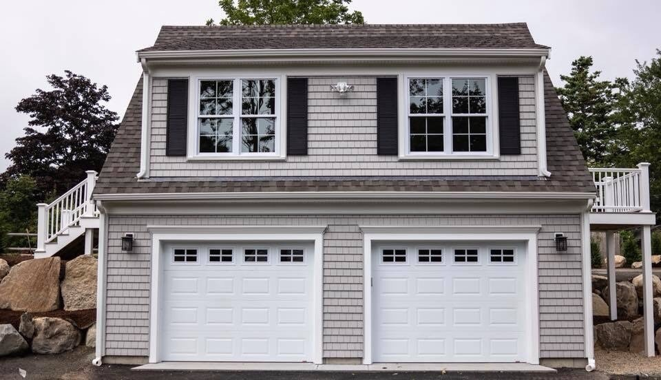 4 foster carriage house - front