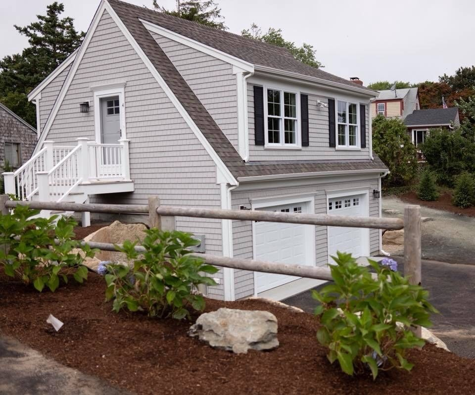 4 foster carriage house-side