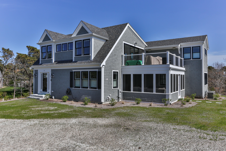 Cape Cod Custom Beach House by REEF